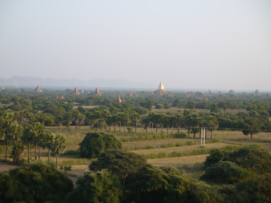 Bagan, the first capital of Burmese Kings. Here there are more than 4000 Buddhist temples.