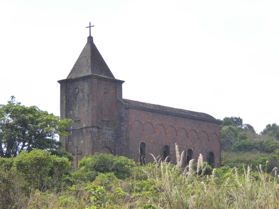 Even an entire hill station called Bokor. Here stands its empty Catholic Church.